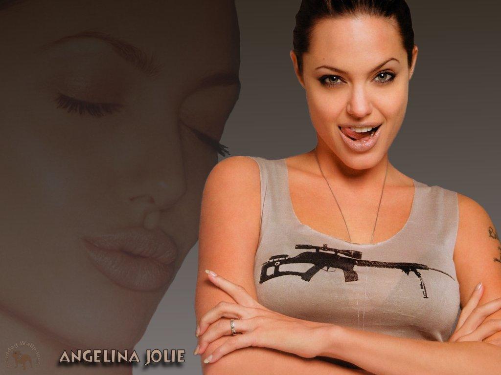 Angelina Jolie-247